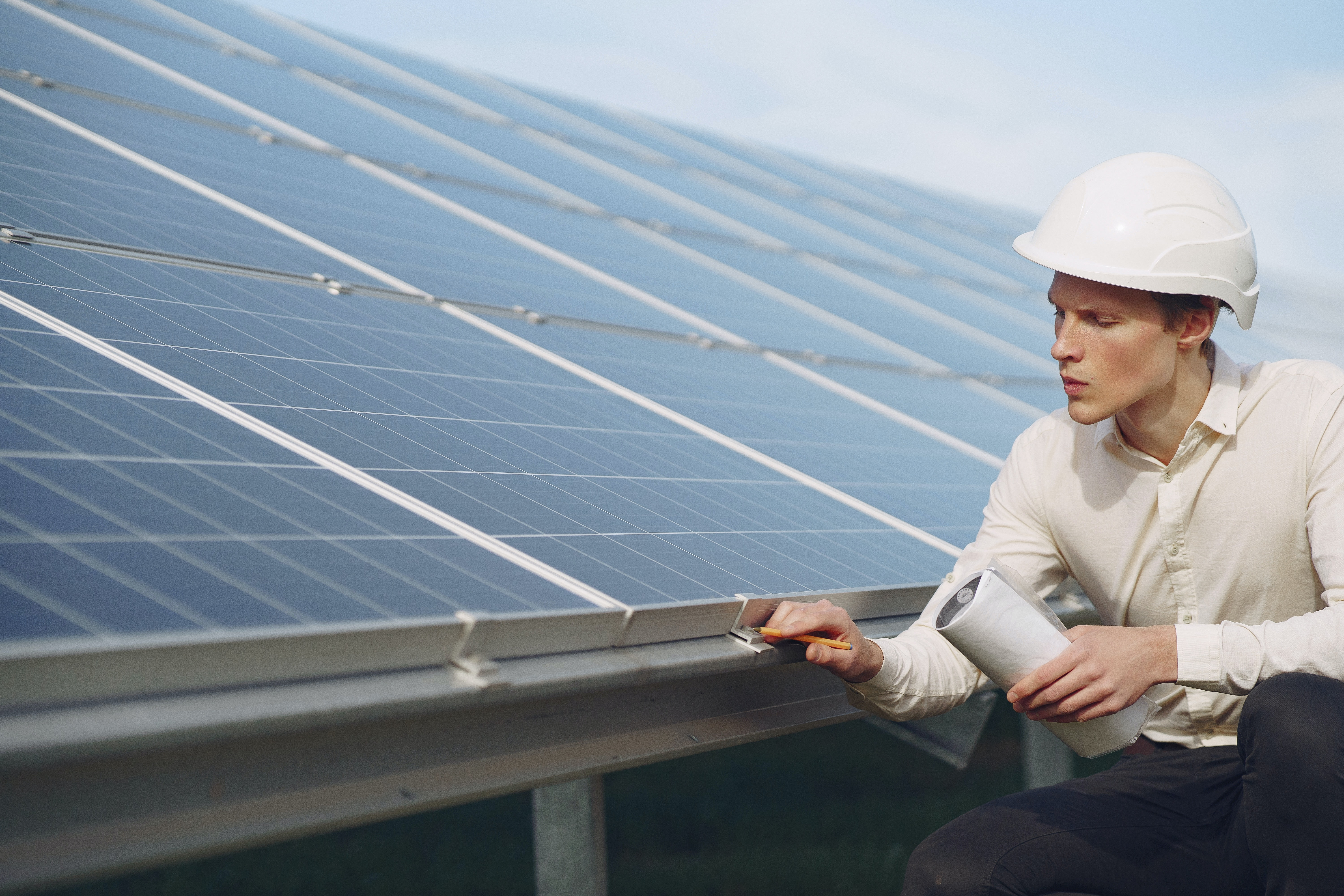 Solar Panels: Get In NOW Or WAIT?